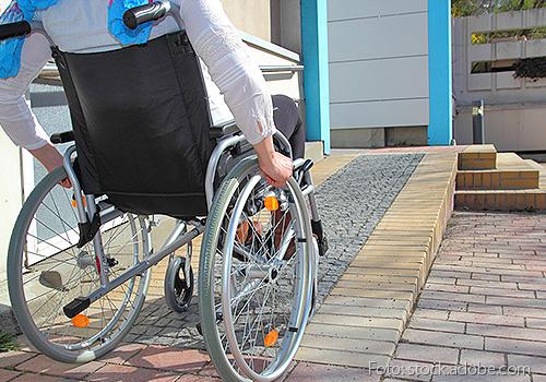 Foto von einem Rollstuhlfahrer